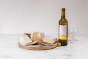 Sharpham Cheese and Wine selection-3
